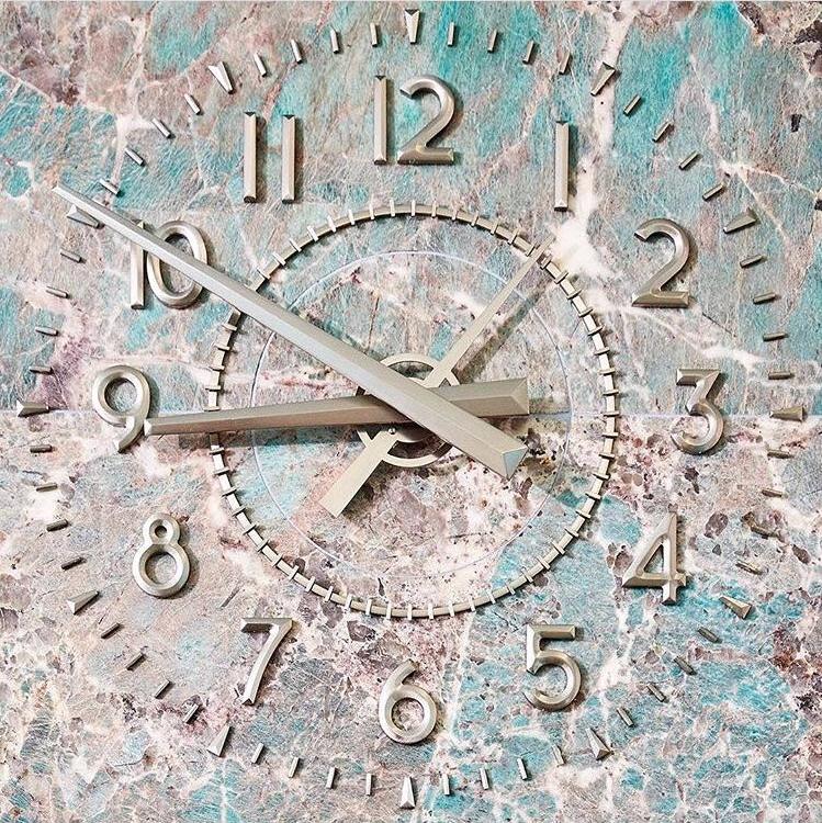 tiffanys clock